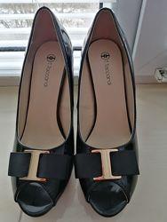 Туфлі жіночі, нові, 39розмір