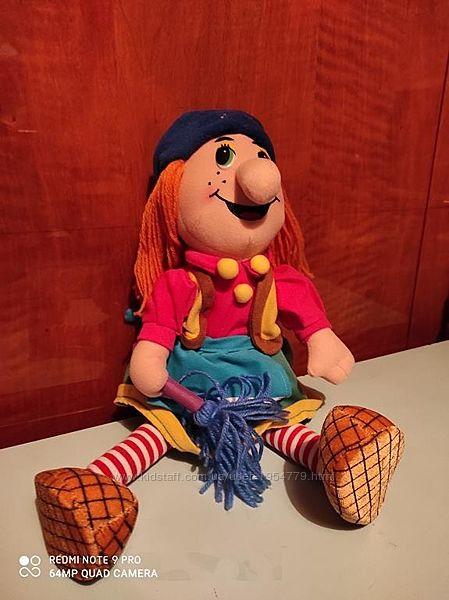 Говорящая мягкая кукла Баба Яга.