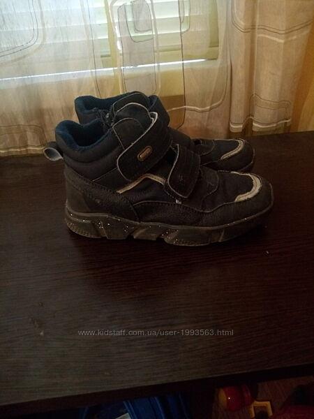 Ботинки детские размер 33