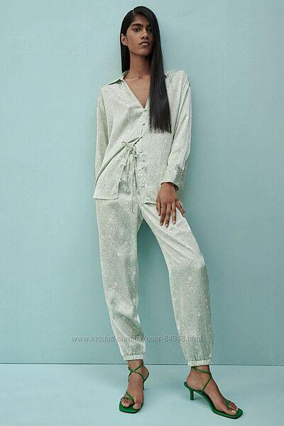 Костюм в пижамном стиле Zara. Оригинал