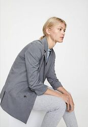 Модный женский серый пиджак pull&bear