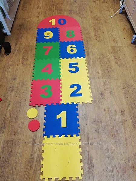 Развивающий коврик с цифрами