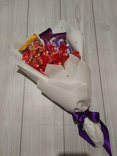 Букет из конфет и шоколада