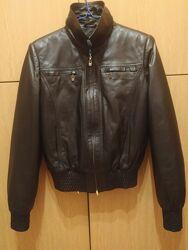 Модная короткая курточка натуральная кожа