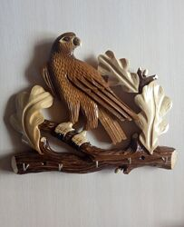 Деревянная вешалка ключница