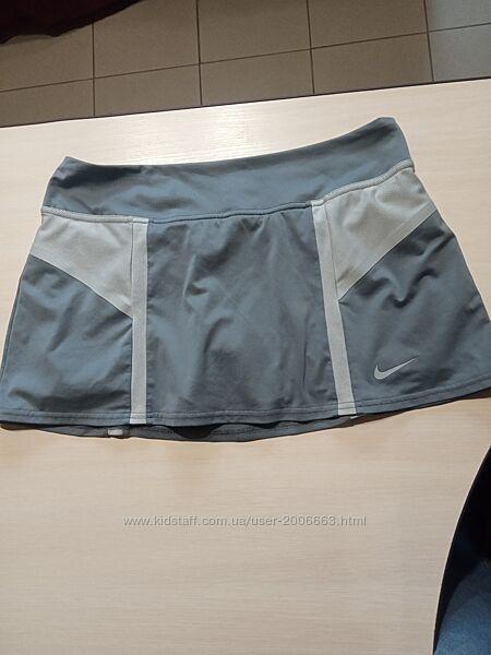 Тенисная юбка с шортами