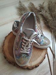 Яркие туфли кроссовки gabor