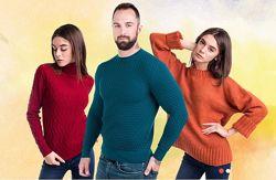 Вязаные свитера и джемпера от производителя.
