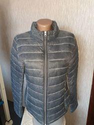 Красивая стеганая легкая деми куртка Eclipse. разм. S-M.
