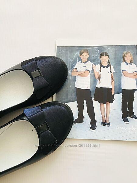 стильные кожаные туфли - Мальвы - черные с нарядной синей вставкой, р36