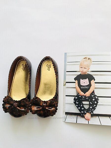 стильные туфли - GAP- лаковые шоколадно-золотистые - size9 - 15,5 см
