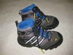 15,3 см стелька, мембранные ботинки Adidas, оригинал, состояние