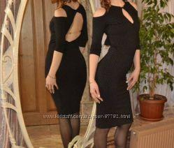 Элегантное итальянское платье Poliit с открытой спиной р. S.