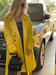 трендовые пальто  в двух цветах